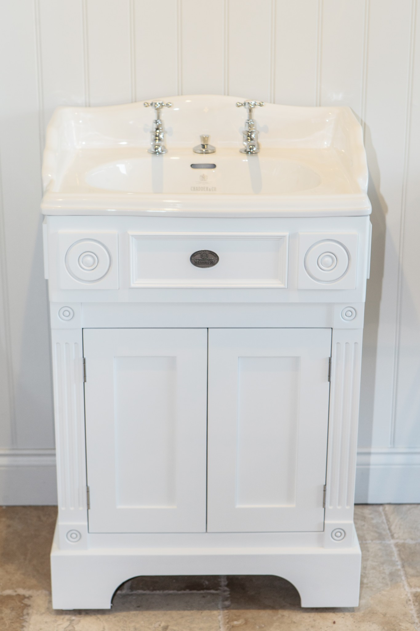 windsor basin cabinet vanity unit luxury basin taps faucts