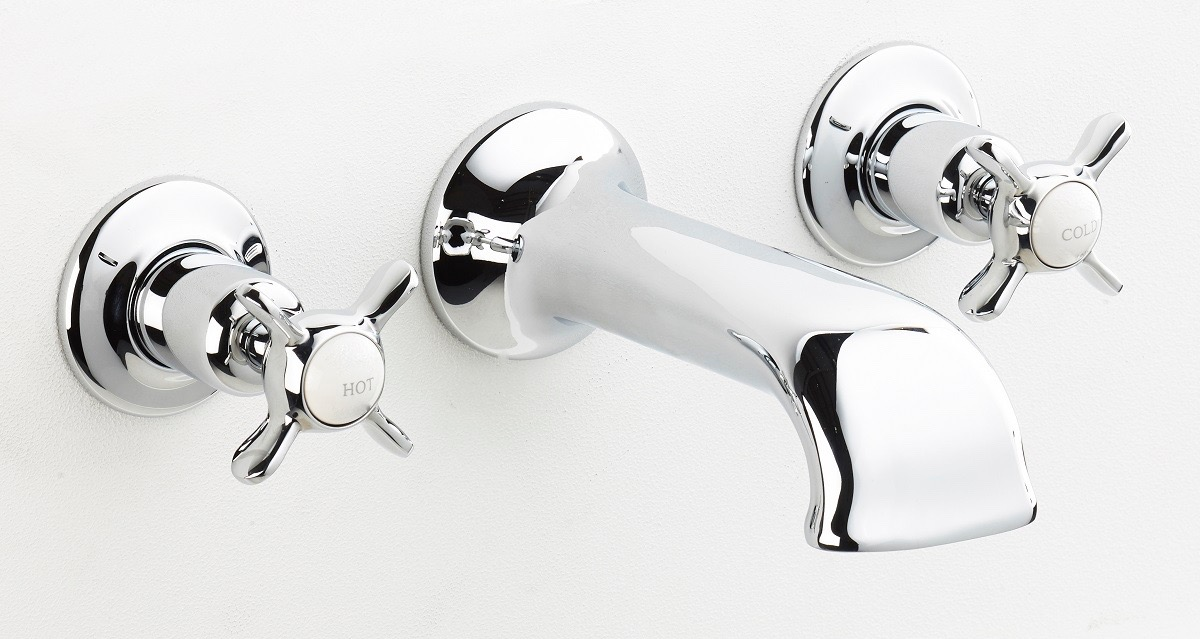 BSM 103 Bath Filler in Chrome finish with cross heads