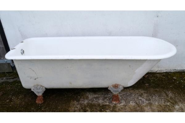 Antique Bath 1