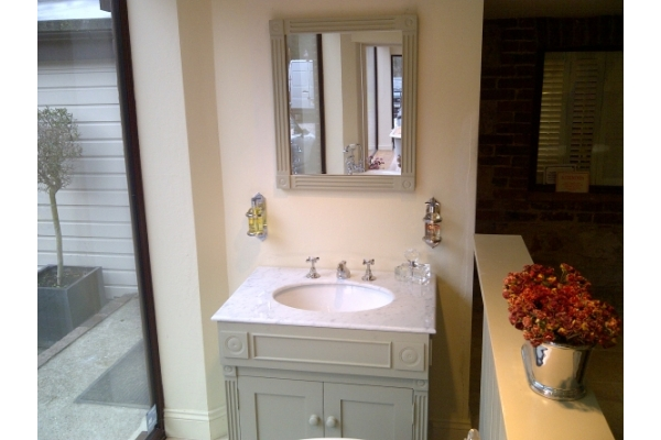 CHADDER Windsor Mirror In Wood painted above the Windsor Basin Cabinet.