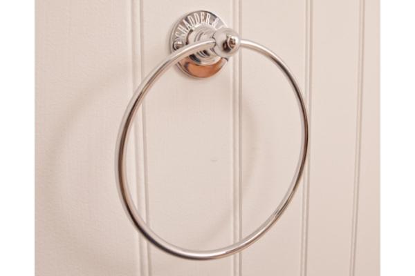 R8 Ring Towel Holder
