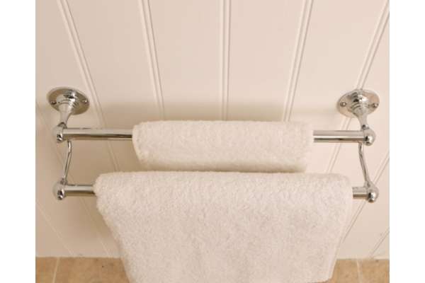 R7 Double Towel Holder