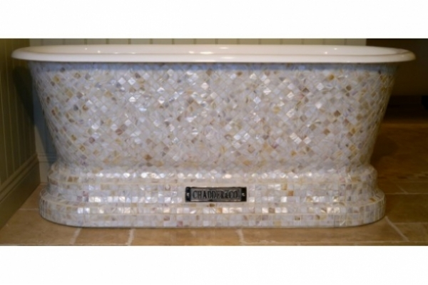 Chadite Windsor Bath with square Mother of Pearl Mosaics