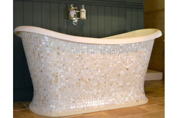 Chadite Chariot Bath with square Mother of Pearl mosaic exterior.