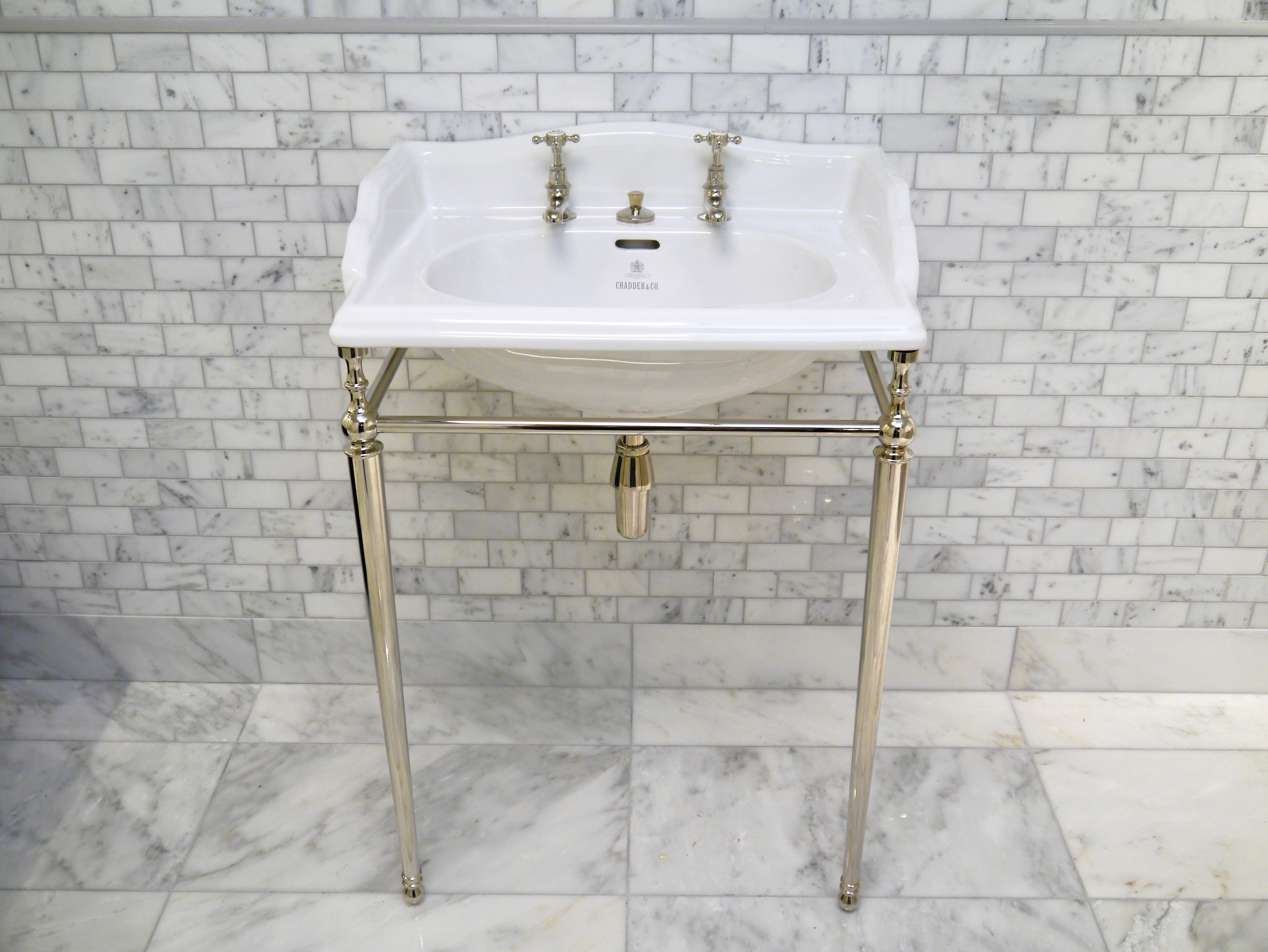 classic basin on nickel frame