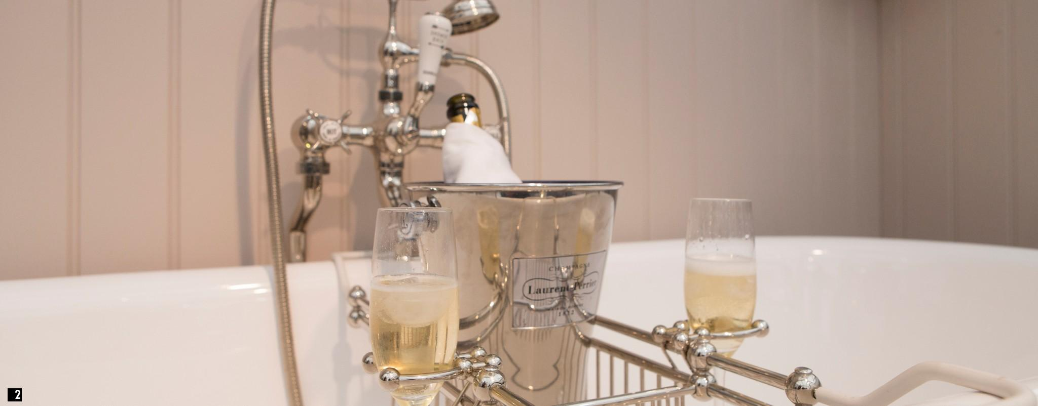 chadder luxury bathroom accessories - bath rack