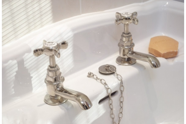 Nickel sink faucets with cross heads deck mounted