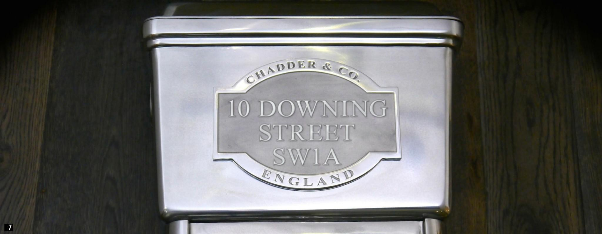 Bespoke Toilet Cistern 10 DOWNING STREET