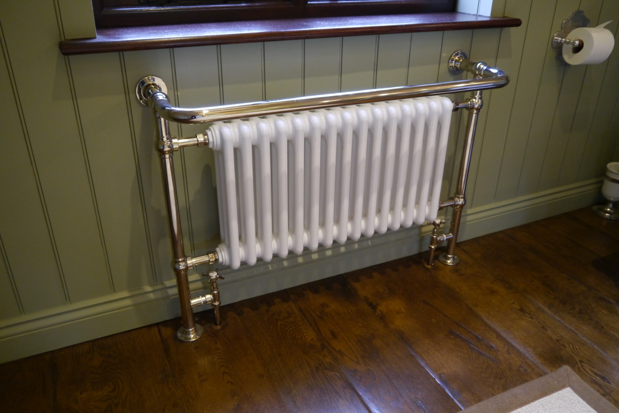 Chadder Bespoke Nickel Heated Towell rail with Radiator