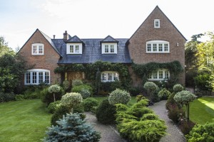 Surrey Town House – all images and full details