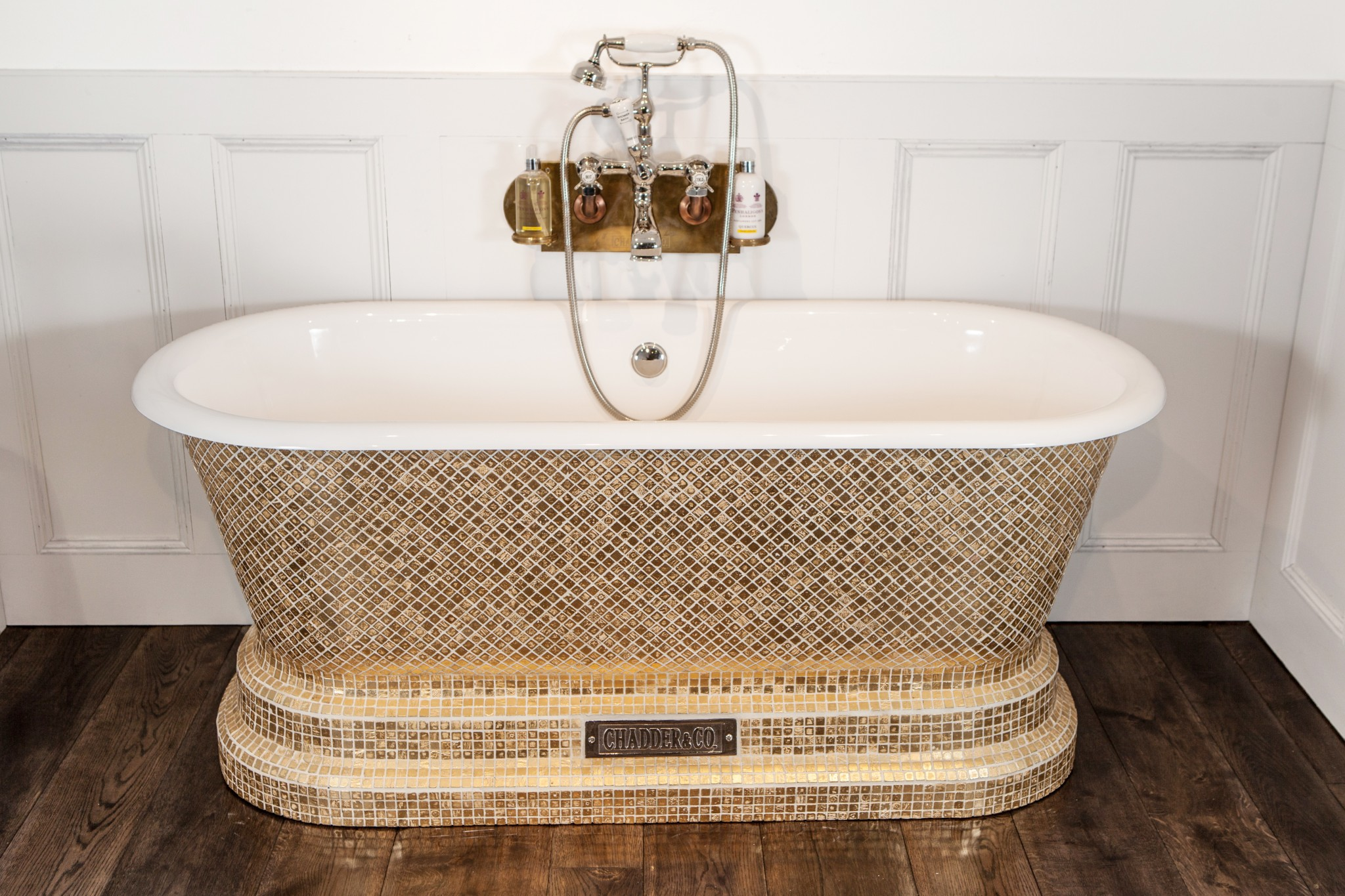 Windsor bath with pure gold style mosaic exterior for Gold mosaic bathroom accessories