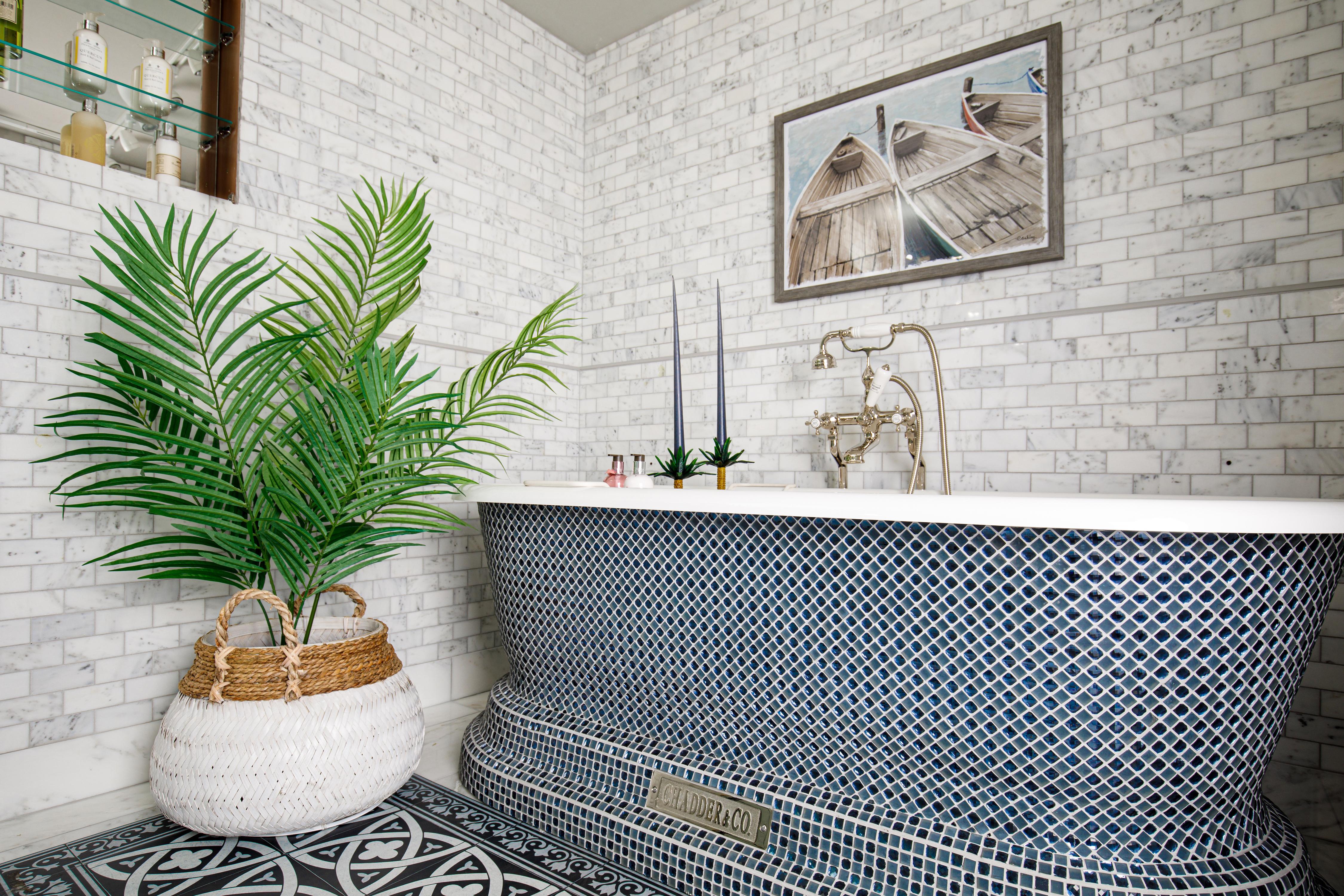 free standing bath tub mosaic bath crystal bath marble bathroom